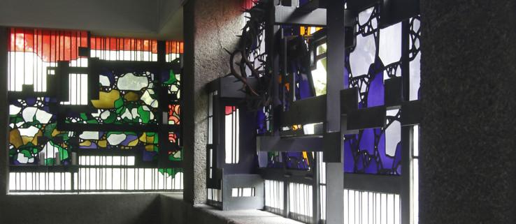 Boehm_Klinikkirche_Fenster