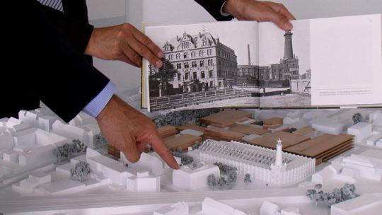 Das ursprüngliche Modell der Shopping-Mall auf dem Heliosgelände. Foto: Anna Ditges Köln 2014