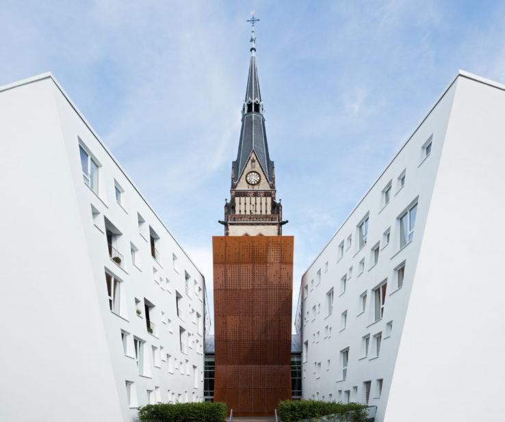 01_Christuskirche_Koeln_Ensemble-mit-sakraler-Wirkung