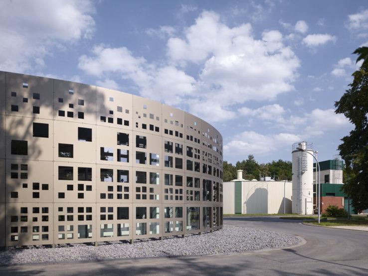 Stadtentwässerungsbetriebe Köln by KSG Architekten | Yohan Zerdoun Photography