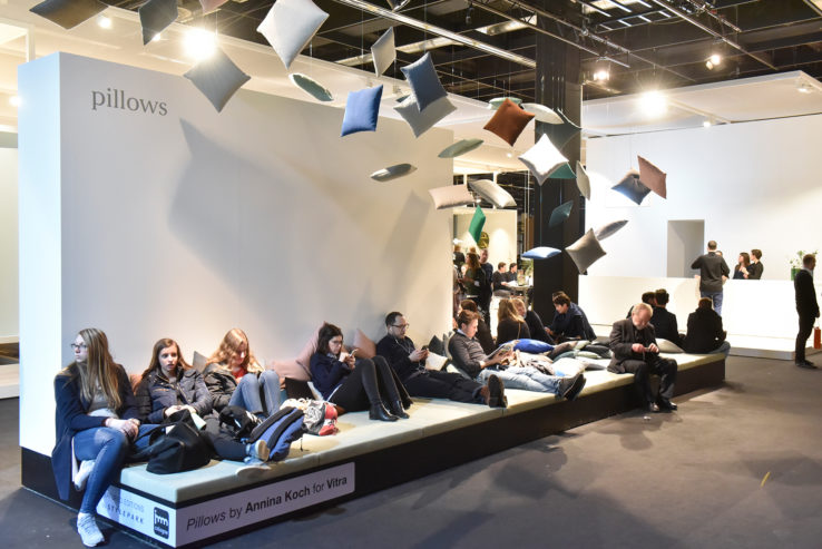 Pure Editions, Stand: Vitra, Halle 2.2